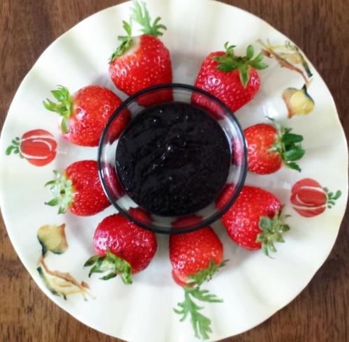 Hope Dark Chocolate spread with Strawberries