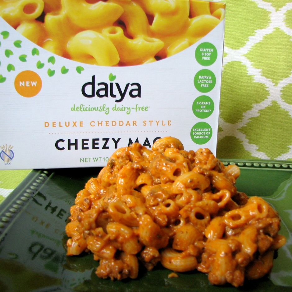 Beyond Beef Mac - made with Daiya Cheddar Style Cheezy Mac & Beyond Meat Beefy Crumbles #vegprodrev #veganmofo #vgnmf15